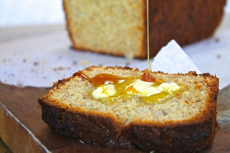 Coconut and vanilla banana bread recipe - http://chelseawinter.co.nz/banana-bread/