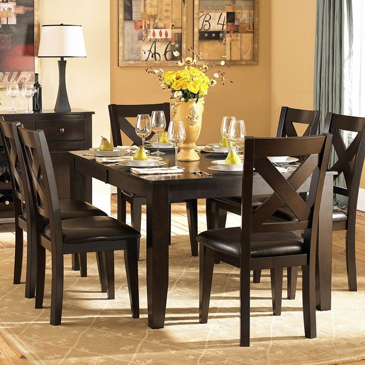 Crown Point 7 Piece Dining Set