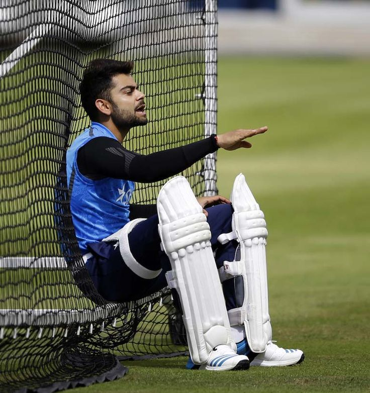 Virat Kohli Photo Gallery, Sports