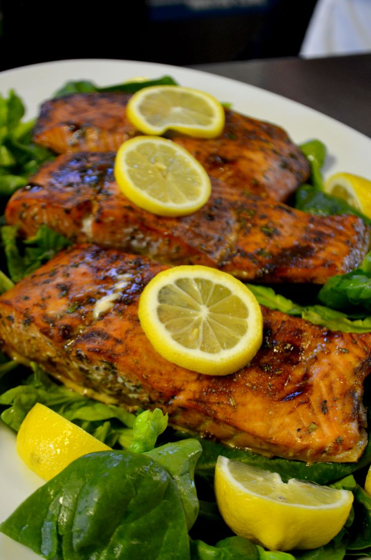 Oven roasted grill plank salmon with a honey paleo for Oven grilled fish recipes
