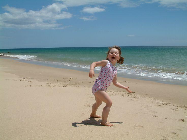 Algarve - Lupe dansend op strand