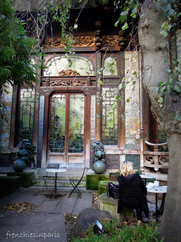 Un jardin oriental - Frenchies in Paris