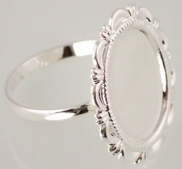 Frame ring style for a finger tattoo!