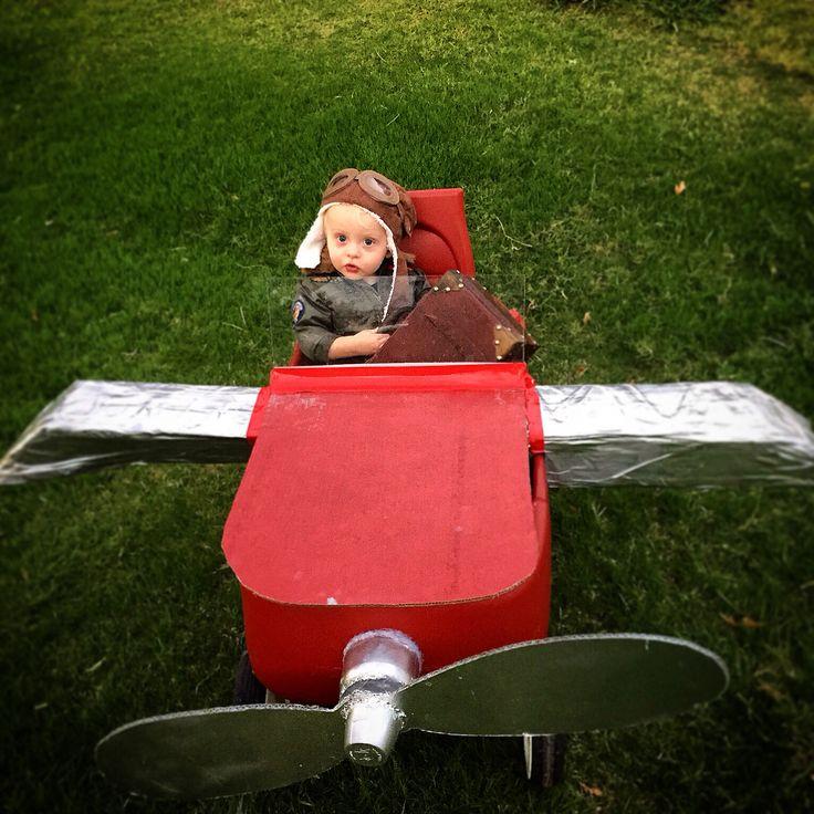 DIY airplane wagon Halloween costume! Baby Pilot :) inspired by @kimberleewhite