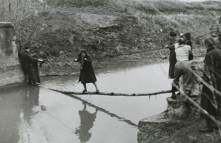 Families fleeing after the arrival of the Soviets at the border between Hungary and Austria, 1956.