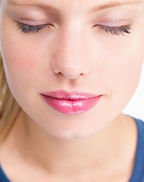how to get your lips bigger without surgery or makeup