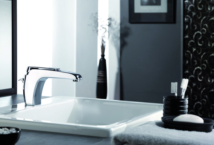 MIscelatore lavabo serie ATMOS di Remer Rubinetterie. Single-lever basin mixer from the faucet collection ATMOS by Remer Rubinetterie.