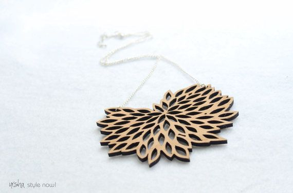 Bloom wooden necklace  BIO colleciton by ursha www.facebook.com/urshastylenow