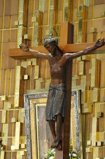 18 de mayo de 2010.   * Santa Cruz de Jerusalén *   Esta oración fue encontrada sobre la sepultura de Jesucristo en 1509 y enviada por el P...