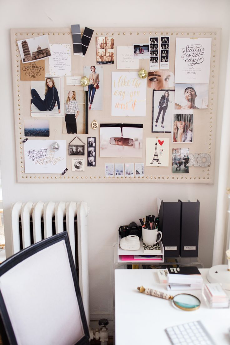 Great styling on this DIY pinboard! Alaina Kaczmarski's Lincoln Park Apartment Tour #theeverygirl