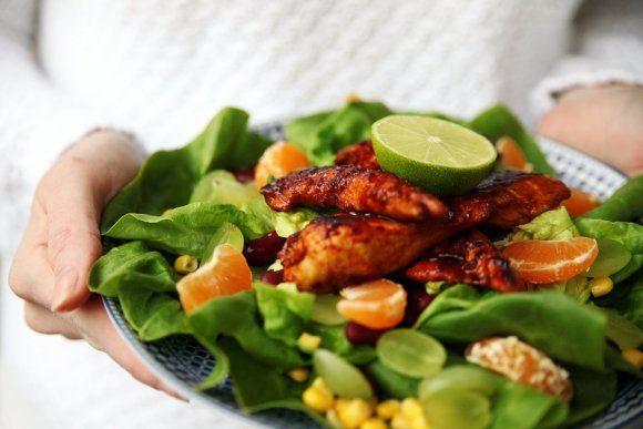Mango Chutney kyckling med fruktig sallad | Recept.se