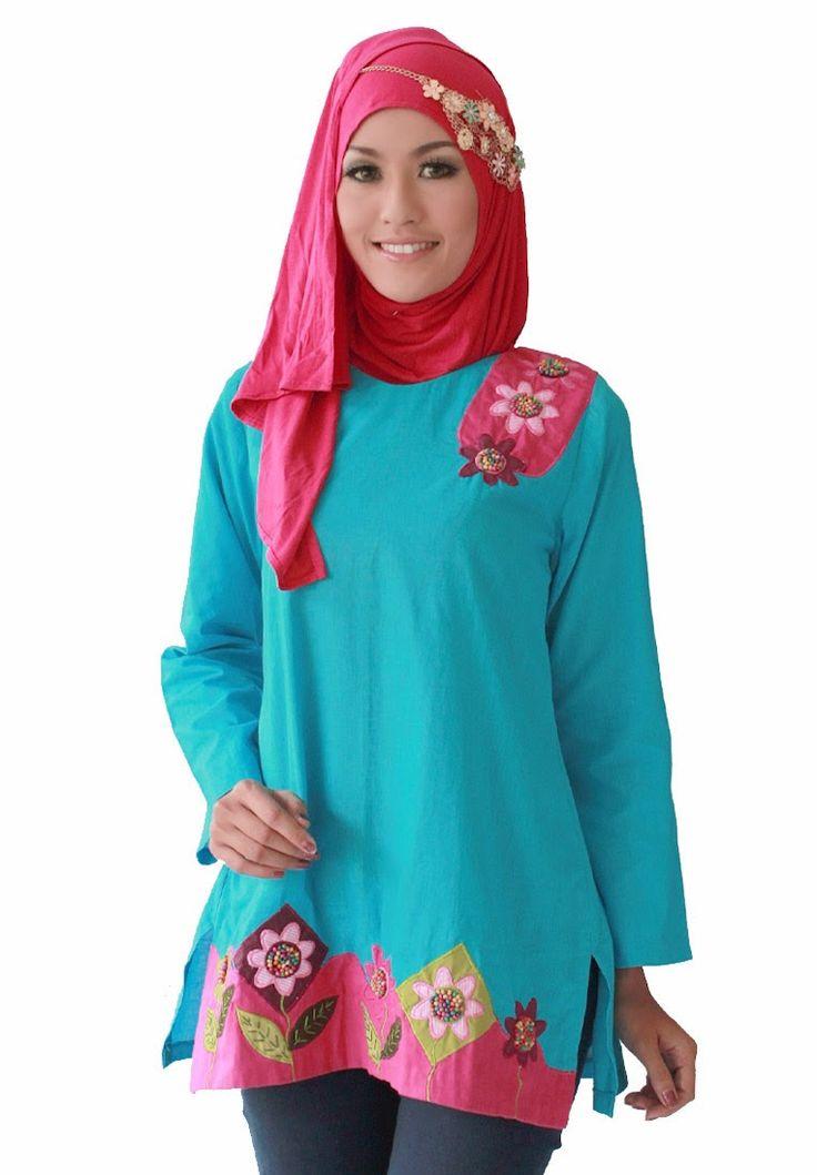 BLOUSE dan MANSET TUNIK NABILA Aneka blouse tunik cantik dengan aplikasi etnik handmade kreasi dari AIMEERA INNERS, akan membuat penampilan anda jauh lebih segar dan anggun. BLOUSE NABILA ini kami rekomendasikan untuk anda yg menyukai blouse dengan gaya etnik :)  Harga : Rp 150.000  DETAIL ORDER :  SMS/WHATSAPP : 081323565991 BBM : 294E3A31  www.aimeera.com