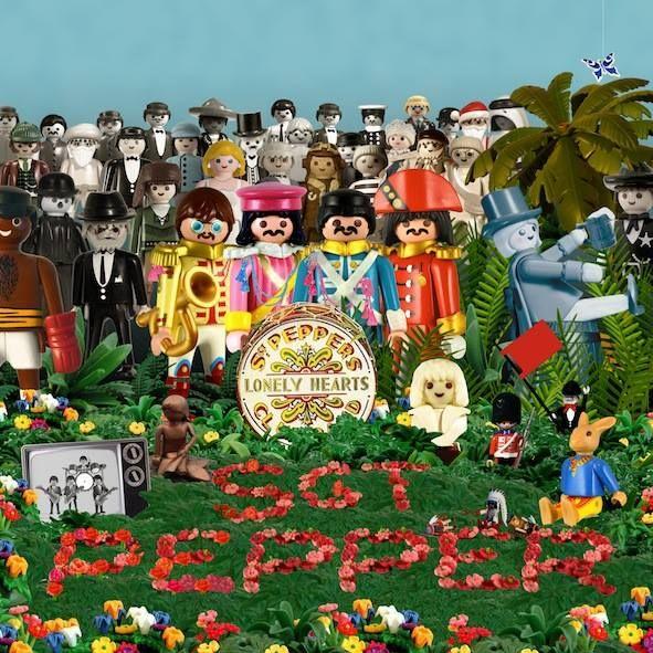 Playmobil by Richard Unglik / The Beatles ༺✿ƬⱤღ http://www.pinterest.com/teretegui/✿༻