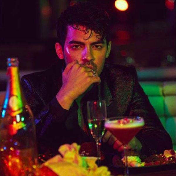 """Joe Jonas Catches A """"Hot Date"""" - http://oceanup.com/2016/07/25/joe-jonas-catches-a-hot-date/"""