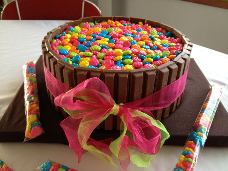 Kit-Kat Cake with Mini Flower Candies for my 13 year old's ...