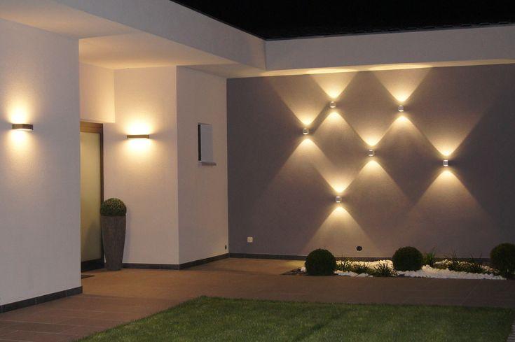 Zewnętrzne oświetlenie tworzące geometryczne kształtyhttps://www.homify.pl/katalogi-inspiracji/10006/zewnetrzne-oswietlenie-domu