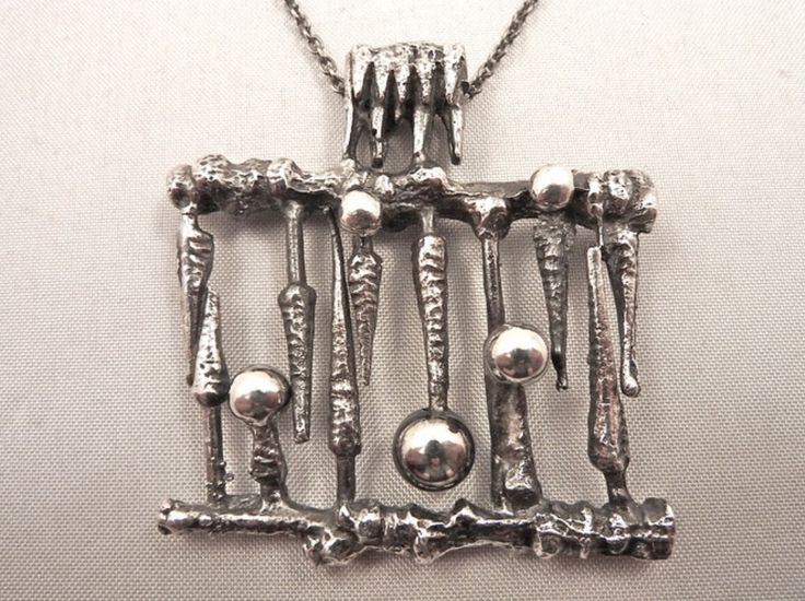Martti Viikinniemi ~Vintage silver pendant, 1960's.