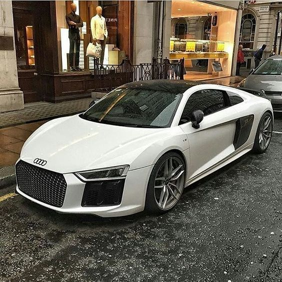 Does it need a caption? Audi R8 5.2 FSI V10 610HP- also known as one of my many dream cars
