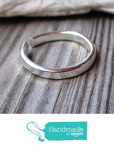 Plain Toe,Knuckle,Midi Ring 925 Sterling Silver Minimal Flat 2mm https://www.amazon.com/dp/B073FDJWS1/ref=hnd_sw_r_pi_dp_lO3uzbJN8PQ9M #handmadeatamazon