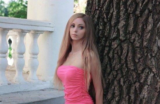 Alina Kovaleskaya barbie humaine reelle 8   Alina Kovaleskaya la nouvelle barbie humaine   video reelle photo image femme barbie Alina Koval...