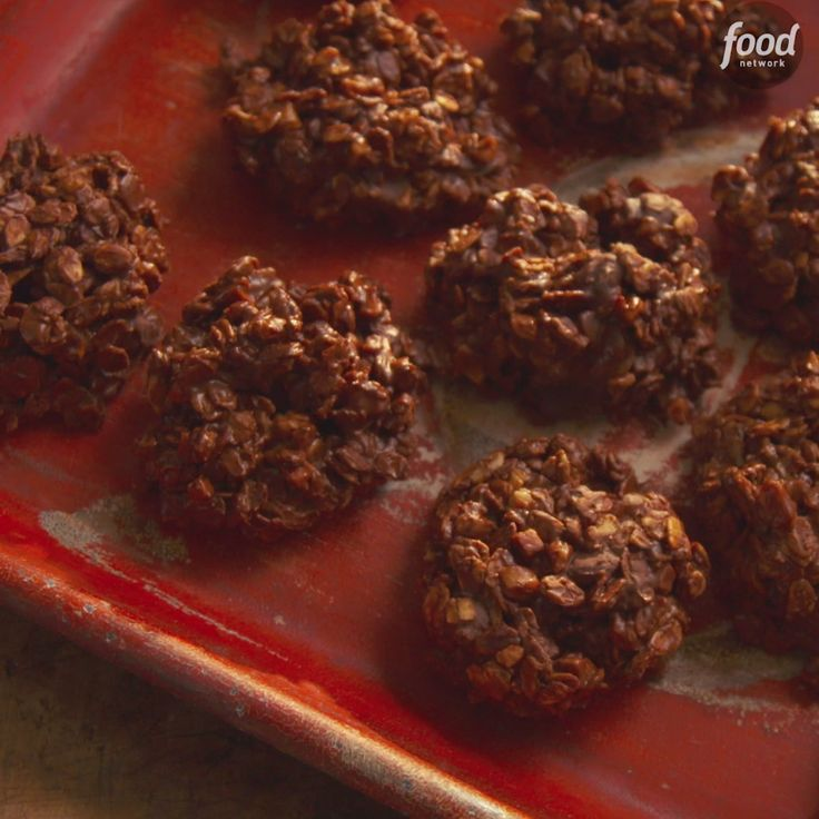 In just ten minutes you can make these spectacular Chocolate Toffee No-Bake Cookies for the whole family to enjoy!