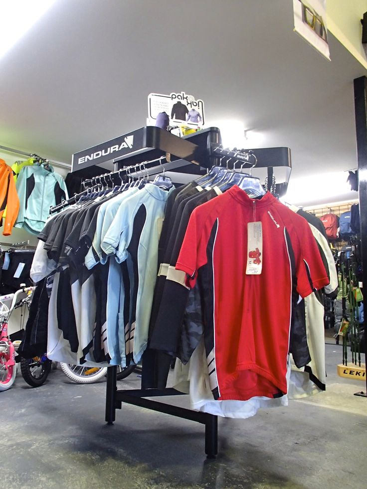 Endura Mountain Bike clothing, comfortable and durable. Great for riding