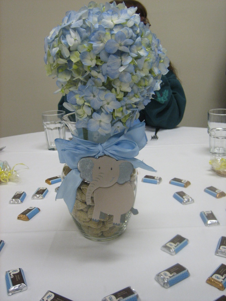 Best 25 elephant centerpieces ideas on pinterest for Baby boy decoration