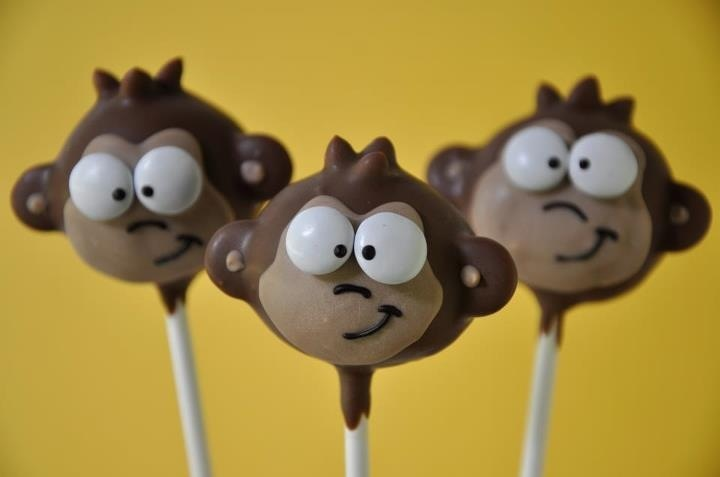 Monkey Cake pops - For all your cake decorating supplies, please visit craftcompany.co.uk