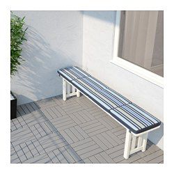 You can vary the look of your outdoor area simply by turning the pad over, since the pattern is different on each side. The cover is easy to keep clean because it is removable and machine washable. Elastic straps keep the cushion firmly in place on the bench.