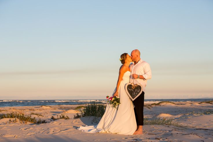 Planning getting too much? Elope to Caloundra ! All the suppliers you need to plan a wedding or an elopement ! Caloundra on the Sunshine Coast has wide beaches, headlands and grassy parks that overlook the ocean. With its cool vibe and laid back pace, you will feel like you are on holidays ! Photo taken by local photographer Images by Lou O'Brien