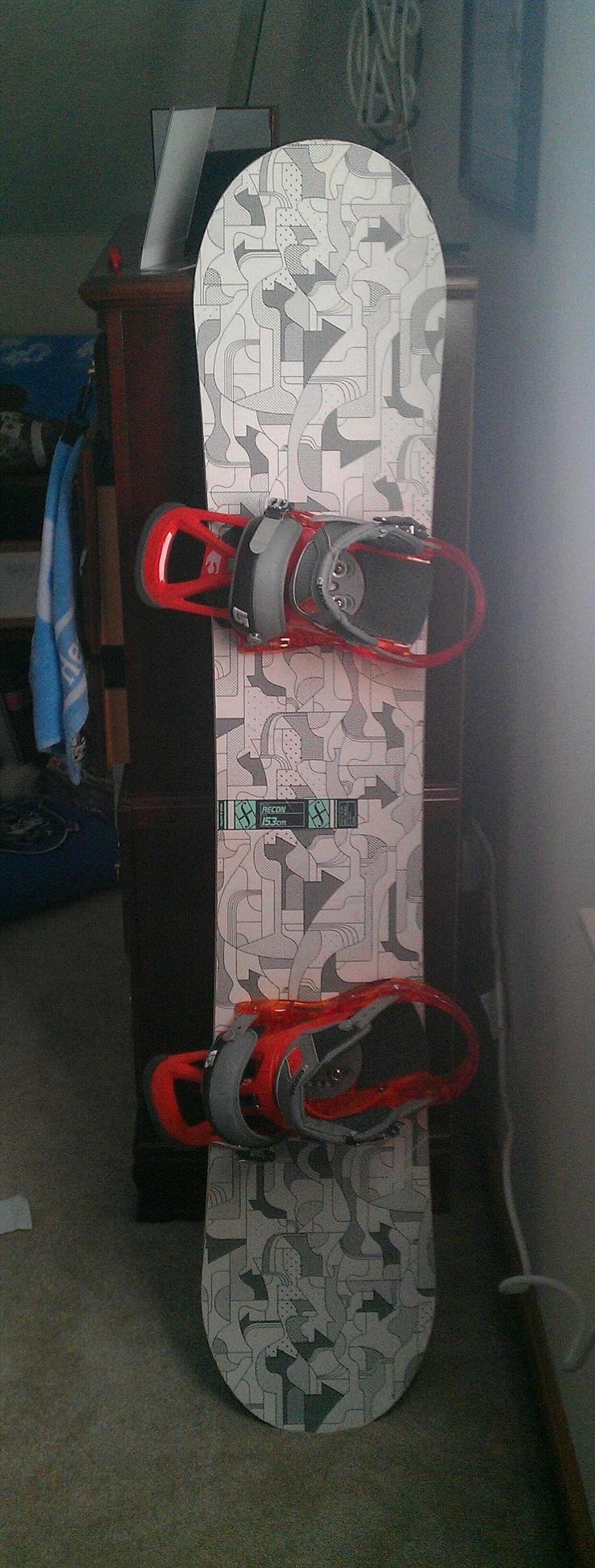 My board (top) Forum Recon w/ clearly orange burton custom bindings