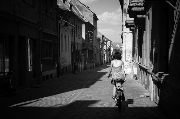 #Poznań #Poznan #Brasov #Romania #Rumunia #maxshot #photography  #BW #blackandwhite #bnw #monochrome #instablackandwhite #monoart #insta_bw #bnw_society #bw_lover  street #streetphotography #Fotograf