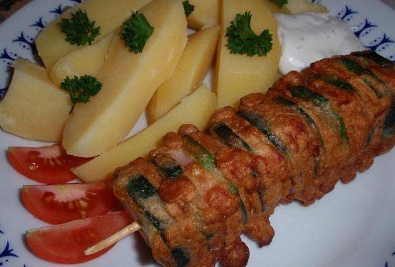 Cuketové špízy se šunkou v pivním těstíčku - Recepty.cz - On-line kuchařka