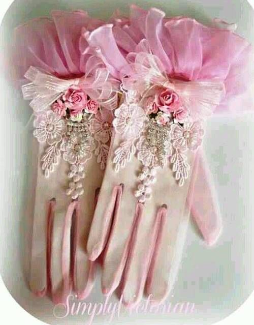 White and Pink Gloves…the colors of daydreams.