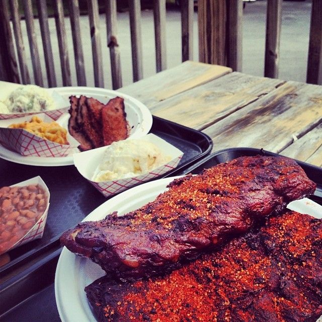 Check Out Sweet P\'s BBQ in Knoxville, TN as seen on Man vs Food and featured on TVFoodMaps. Known for Gigante Burrito, a 4-lb. burrito stuffed with chopped pork, barbecue beans, coleslaw and more, plus a half -pound of mac and cheese and a half -pound of banana pudding.