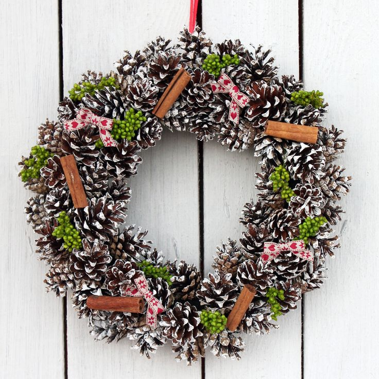 christmas wreath with millet and cinnamon