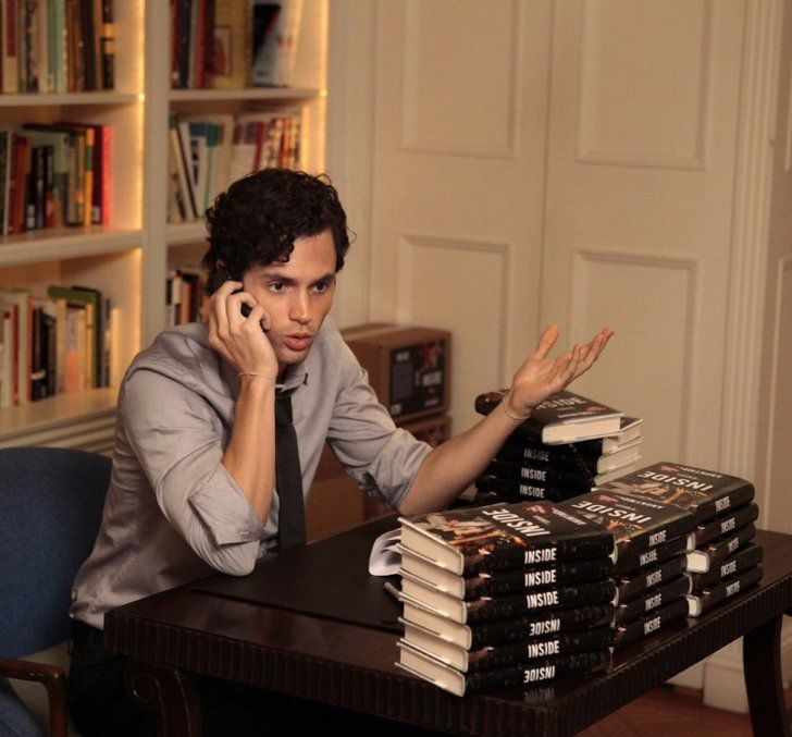 Pin for Later: The TV Fanatic's Halloween Guide: How to Dress as Your Favorite Character Dan Humphrey From Gossip Girl