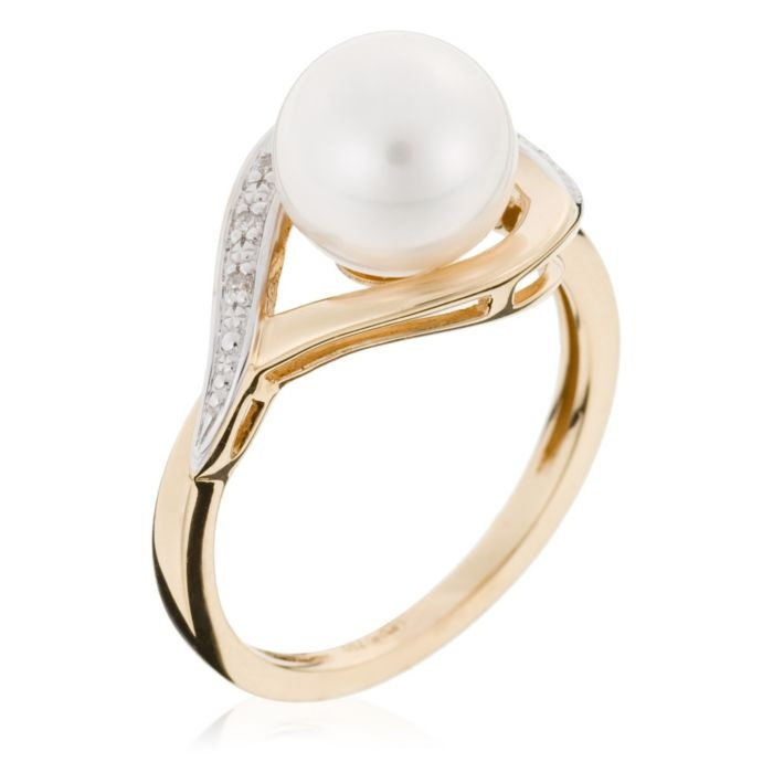 Yellow Gold Ring With Akoya Pearl And Diamonds, 0.03ct - I know someone who would love this ring!