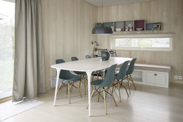 http://www.bjorkavag.no/private-prosjekter/orestupet-hytte/