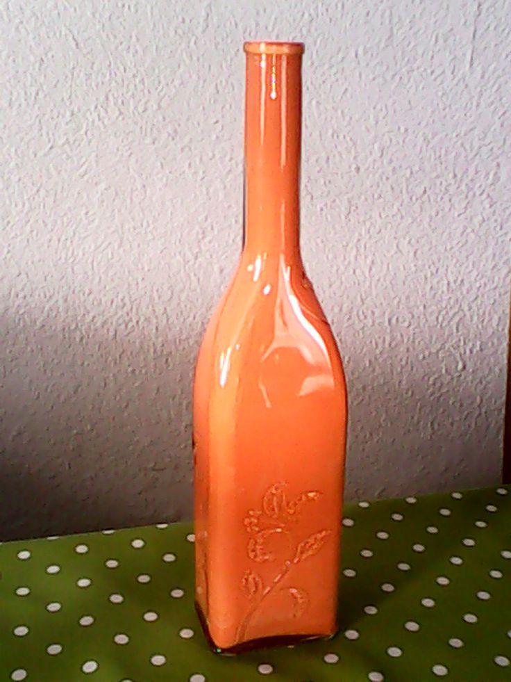 Botella de cristal pintada por dentro