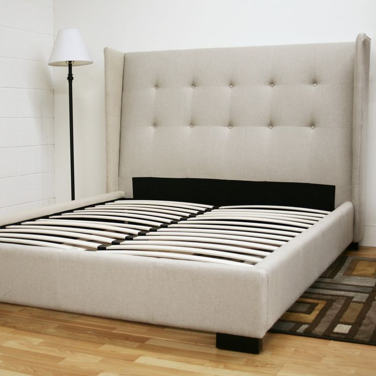 Best 25 tall bed frame ideas on pinterest pallet for Quilted bed frame
