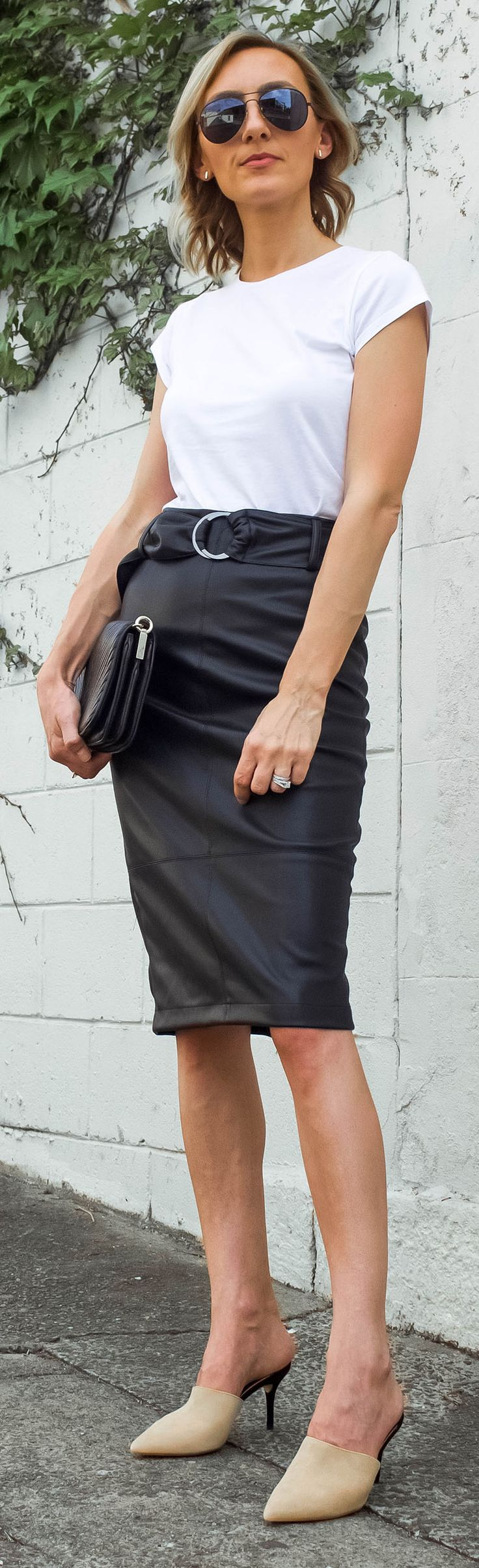 Leather skirt, high waisted skirt, white tee, mules, black and white outfit, monochrome, nude heels, black aviators, trans-seasonal style, spring/autumn outfit, street style @thelustlife_