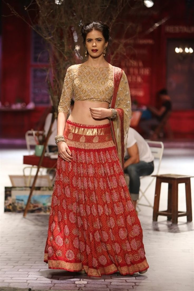 red and gold sari | Monisha Jaising for India Couture Fashion Week 2014
