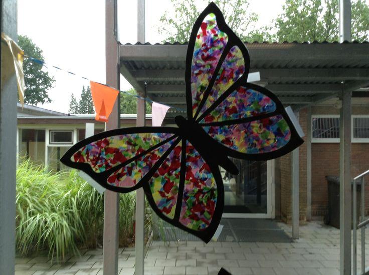 Vlinder met snoeppapiertjes