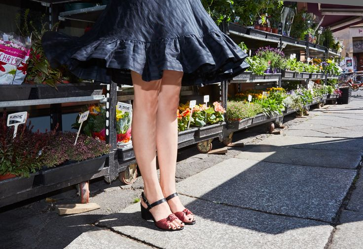 Lookbook SS16 Matleena Sandal Black/Burgundy by Terhi Pölkki