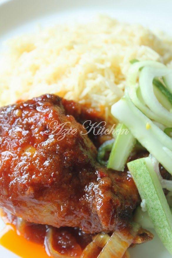 Azie Kitchen: Nasi Minyak Azie Kitchen