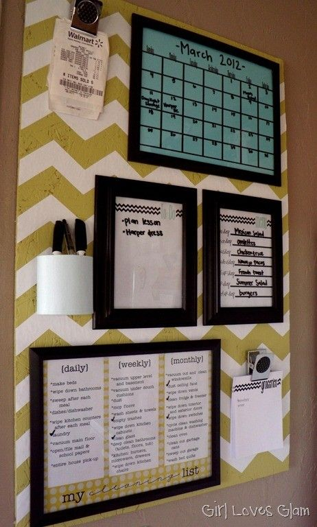 organization Wall...Include weekly schedule, weekly menu, cleaning schedule, sport for receipts, cup for pens    I really like this. I guess this is a cork board that the person painted. The dry-erase boards are probably picture frames with paper on the inside of your color/pattern choice, and a few clips, like a clip-board.