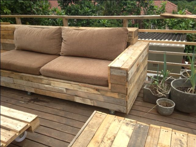DIY! Pallet wood is awesome. Not only did it make an awesome counter top in Hello Cafe but also made great garden furniture!