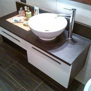 Arredare il bagno con la serie componibile BESTA