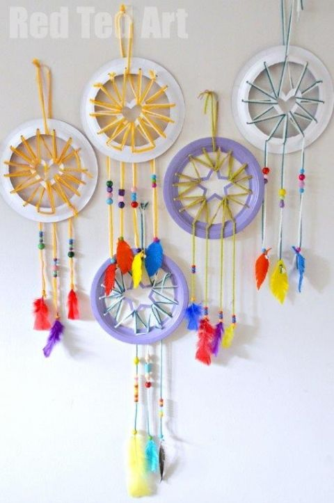 Paper Plate Crafts - Dream Catchers with Heart Star details - 25+ Paper Plate Crafts - nobiggie.net